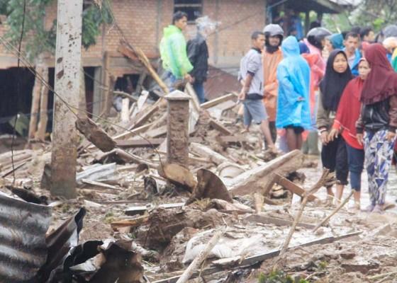 Nusabali.com - banjir-dan-longsor-landa-sumatera-barat