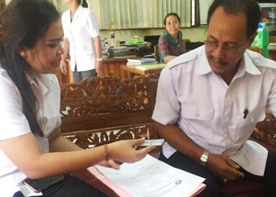 Nusabali.com - disdukcapil-lanjutkan-perekaman-ktp-el-ke-sejumlah-sekolah