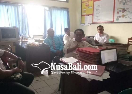 Nusabali.com - perbekel-gadungan-resmi-tersangka