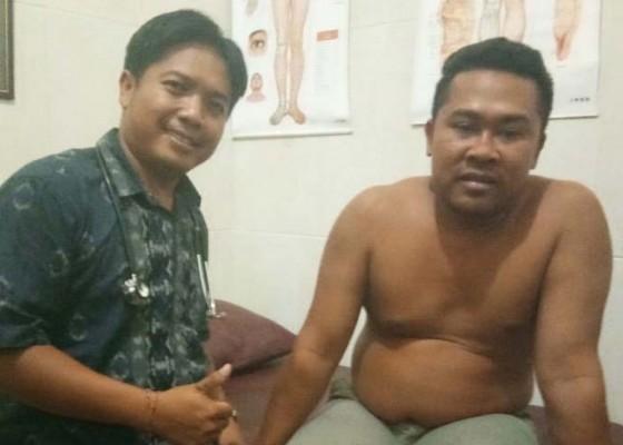 Nusabali.com - praktek-balian-akupuntur-sebagian-pasiennya-wisatawan-asing