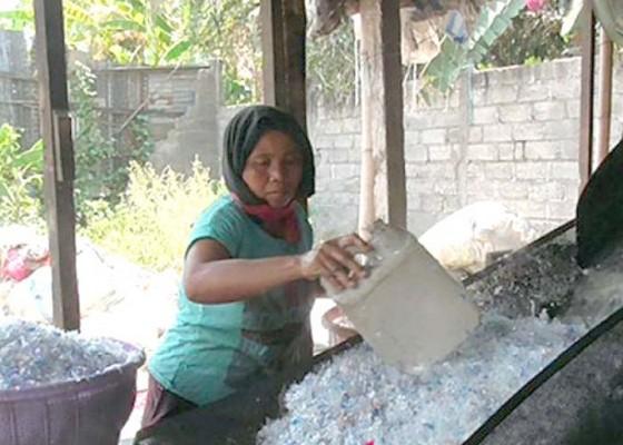 Nusabali.com - buleleng-ekspor-sampah-plastik-ke-china