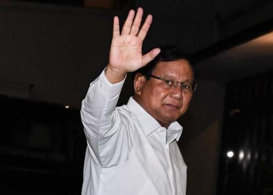 Nusabali.com - ultah-ke-67-prabowo-sapa-pendukung