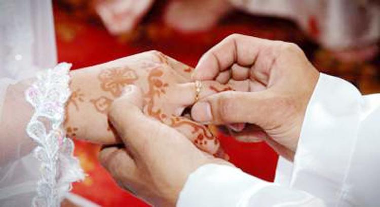 www.nusabali.com-wanita-100-tahun-nikahi-pria-74-tahun