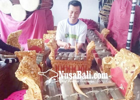 Nusabali.com - tari-andir-desa-kelating-sulit-dibangkitkan