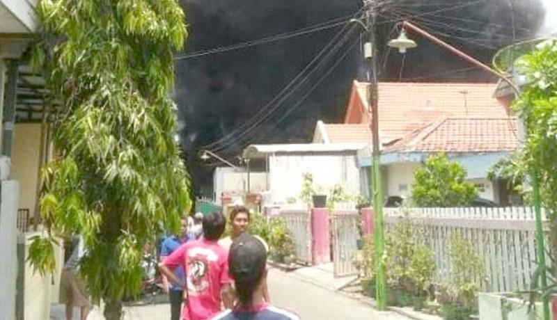 www.nusabali.com-52-unit-motor-siswa-dan-mobil-ludes-terbakar
