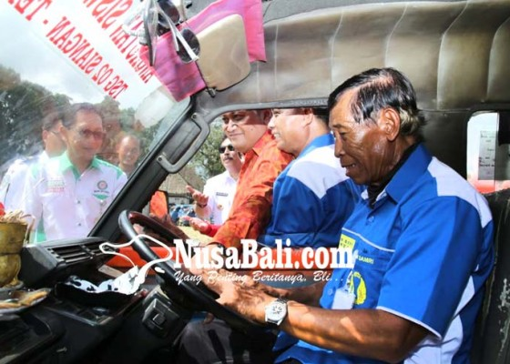 Nusabali.com - berdayakan-semua-sopir-angkot-dengan-upah-rp-5-juta-per-bulan