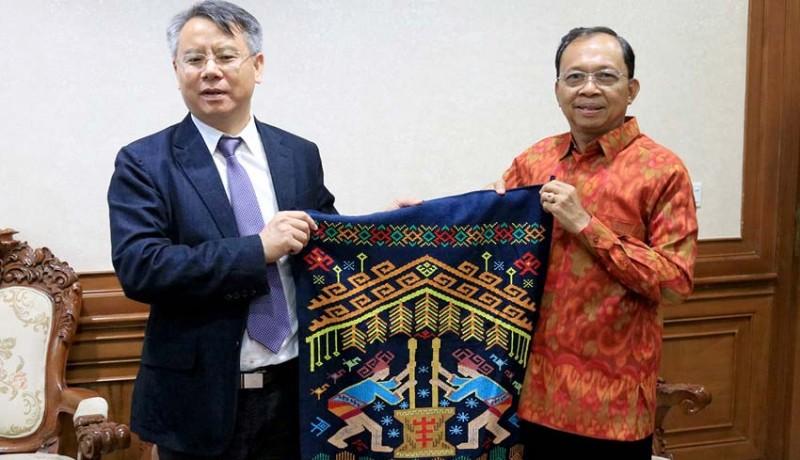 www.nusabali.com-gubernur-minta-pemerintah-china-awasi-warganya