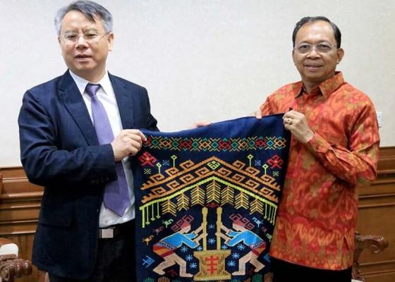 Nusabali.com - gubernur-minta-pemerintah-china-awasi-warganya