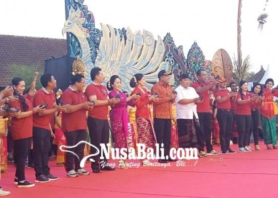 Nusabali.com - dimeriahkan-fragementari-200-penari