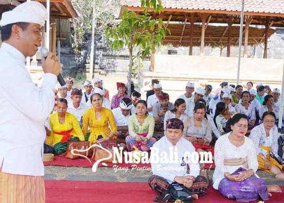 Nusabali.com - kanwil-kemenag-gelar-baca-kitab-suci-dan-yoga