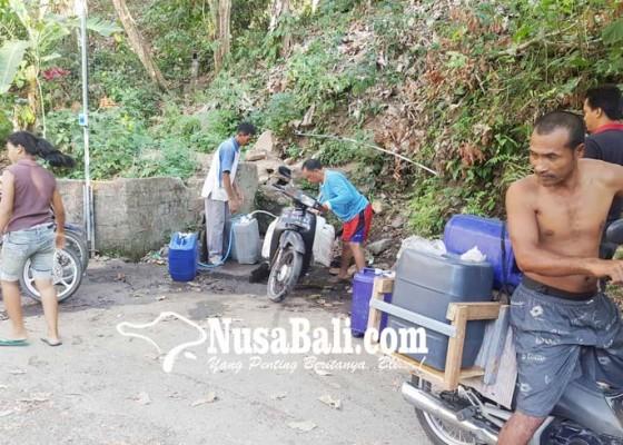 Nusabali.com - desa-selat-krisis-air