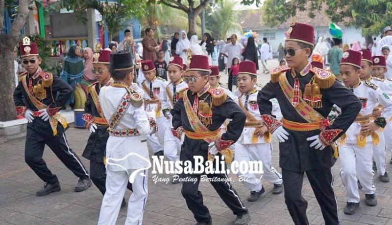www.nusabali.com-pawai-budaya-meriahkan-hari-santri