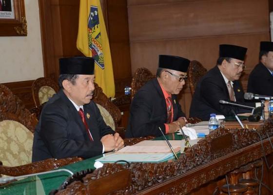 Nusabali.com - gubernur-bali-sampaikan-jawaban-atas-pandangan-umum-fraksi