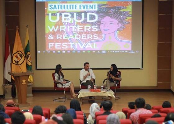 Nusabali.com - satellite-events-persembahan-ubud-writers-readers-festival-2018