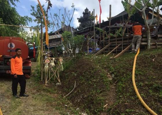 Nusabali.com - 13-banjar-alami-krisis-air