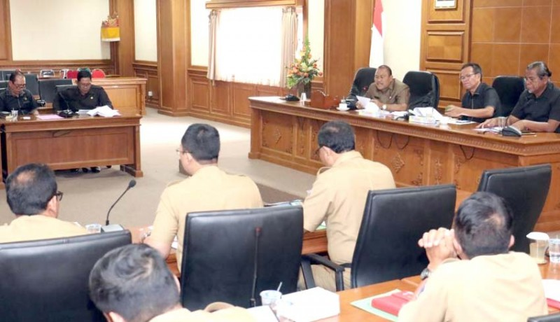 www.nusabali.com-komisi-ii-minta-libatkan-desa-gelar-event