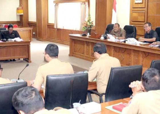 Nusabali.com - komisi-ii-minta-libatkan-desa-gelar-event
