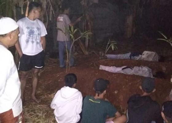 Nusabali.com - dihukum-tidur-di-kuburan-malah-nangis