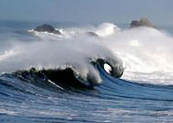 Nusabali.com - bbmkg-warning-gelombang-tinggi-di-selatan-bali