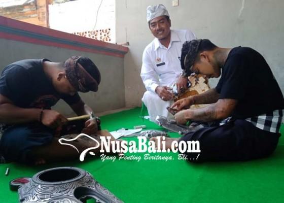 Nusabali.com - buka-jasa-cuci-kendaraan-hingga-ukir-besi