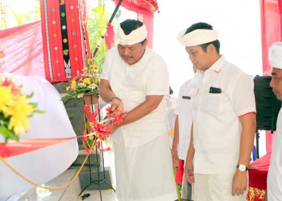 Nusabali.com - bupati-artha-resmikan-kantor-desa-pohsanten