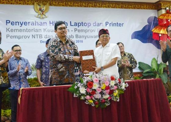 Nusabali.com - bali-dapat-jatah-200-laptop
