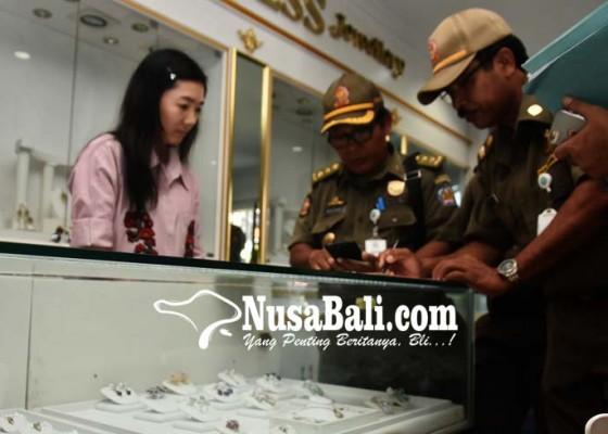 Nusabali.com - pemkab-badung-awasi-pekerja-tiongkok