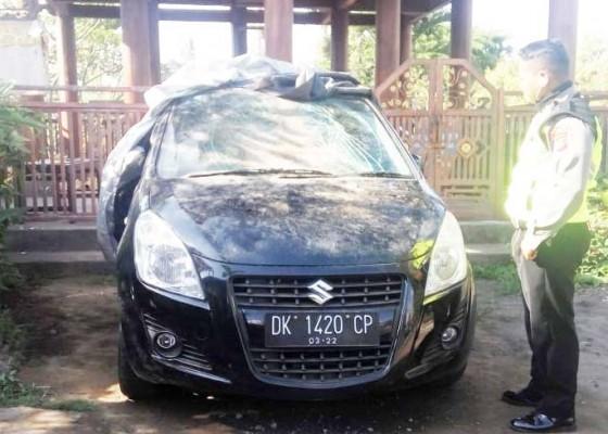 Nusabali.com - ngamuk-dan-rusak-2-mobil-odgj-diamankan