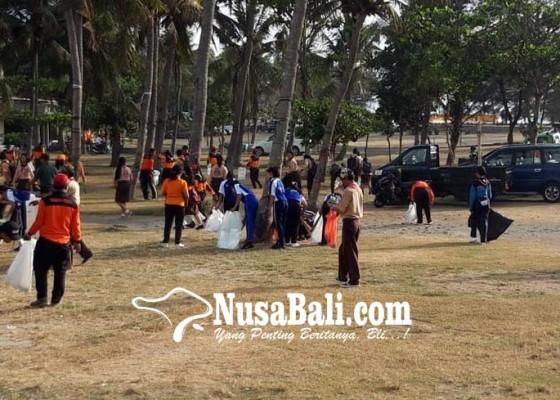 Nusabali.com - dlh-bagikan-ribuan-tas-ramah-lingkungan