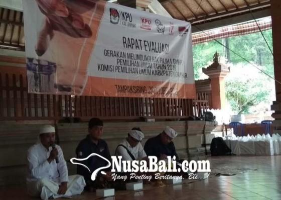 Nusabali.com - bahas-program-kpu-gianyar-rapat-di-wantilan-pura