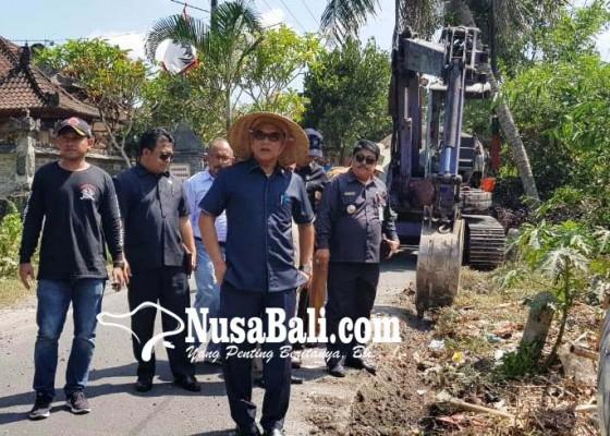 Nusabali.com - dewan-provinsi-awasi-proyek-dana-bkk-di-marga