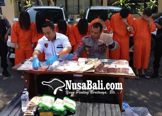 Nusabali.com - beraksi-di-banyak-tkp-sasar-lansia-keturunan-china