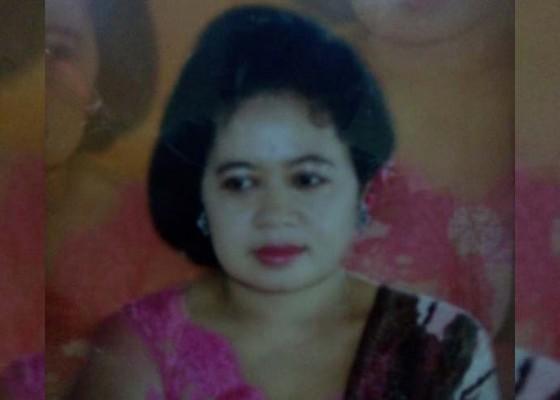 Nusabali.com - istri-mantan-wabup-gianyar-dipalebon