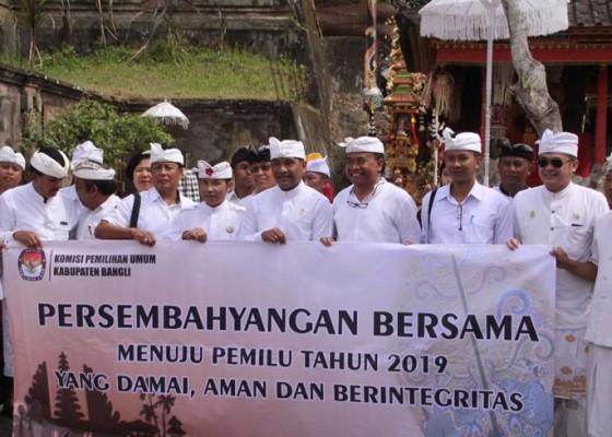 Nusabali.com - sembahyang-bersama-untuk-pemilu-damai