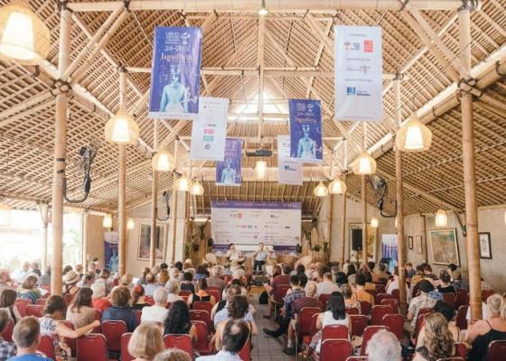 Nusabali.com - merayakan-pertukaran-ide-dan-gagasan-dalam-penyelenggaraan-tahun-ke-15-ubud-writers-readers-festival