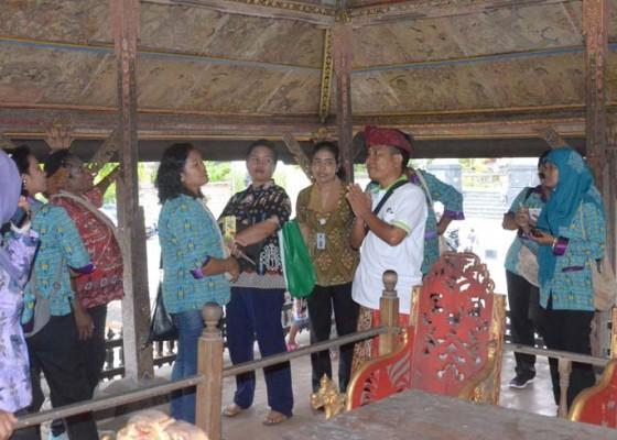 Nusabali.com - pkk-papua-belajar-ke-klungkung