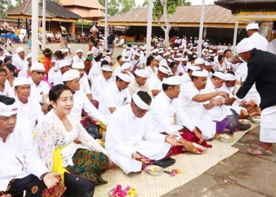 Nusabali.com - bhakti-panganyar-di-pura-dalem-balingkang
