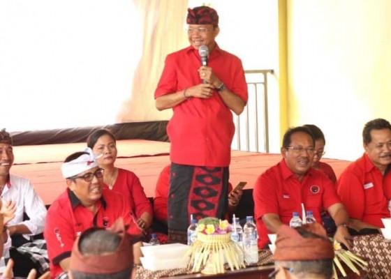 Nusabali.com - gubernur-blusukan-ngopi-bareng-warga