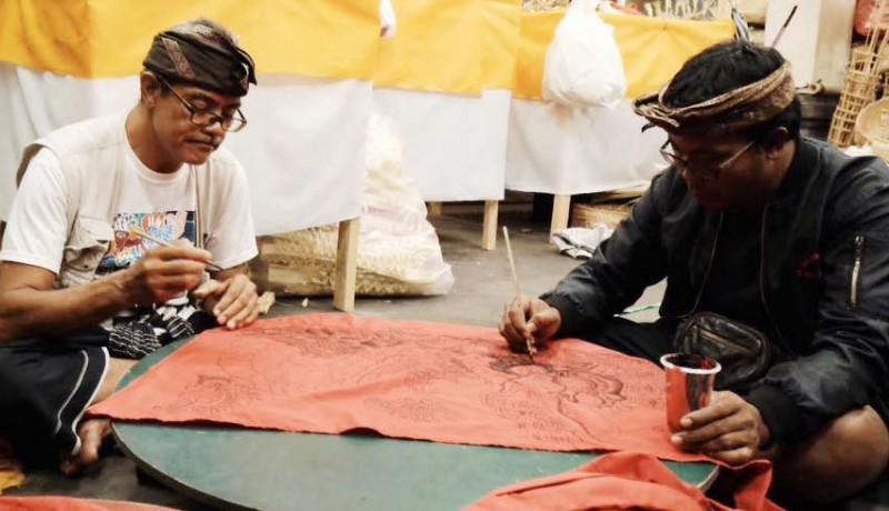www.nusabali.com-lukisan-batuan-padukan-tradisi-modern