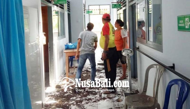 www.nusabali.com-puskesmas-selemadeg-timur-ii-tersambar-petir