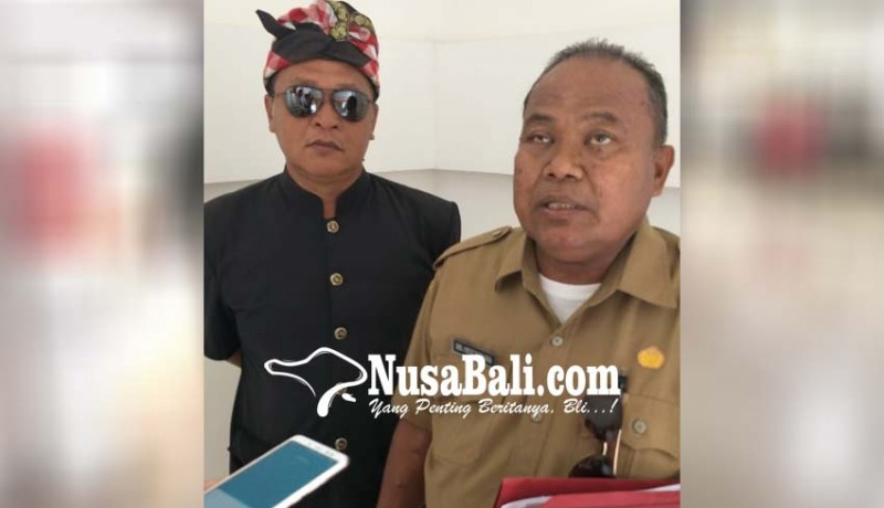 www.nusabali.com-gubernur-prajuru-adat-kubutambahan-bahas-masalah-bandara
