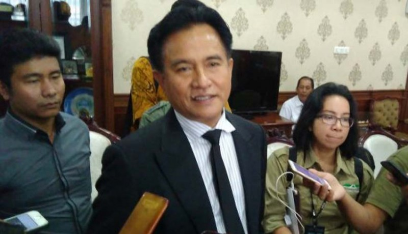 www.nusabali.com-yusril-jadi-pengacara-jokowi-maruf