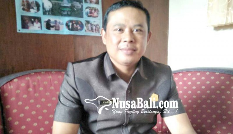 www.nusabali.com-jalan-yang-ditutup-milik-pribadi