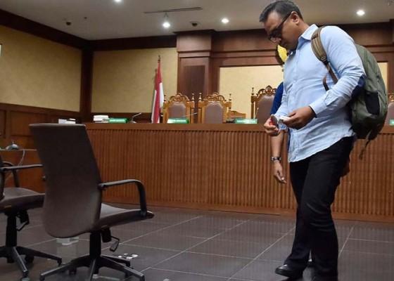 Nusabali.com - keponakan-setnov-dituntut-12-tahun-penjara