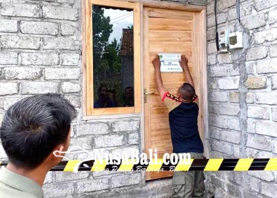 Nusabali.com - tim-yustisi-segel-proyek-perumahan-bodong-di-perancak