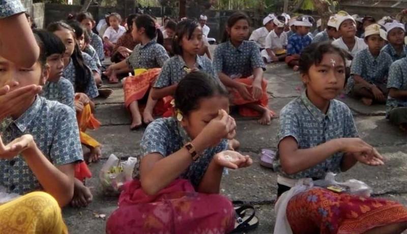 www.nusabali.com-dipawali-ada-sekolah-dan-kantor-tutup-di-kubu
