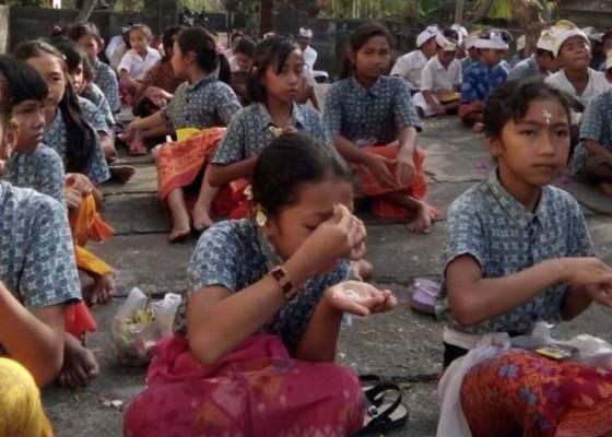 Nusabali.com - dipawali-ada-sekolah-dan-kantor-tutup-di-kubu