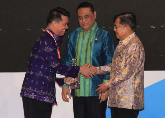 Nusabali.com - klungkung-sabet-dua-penghargaan