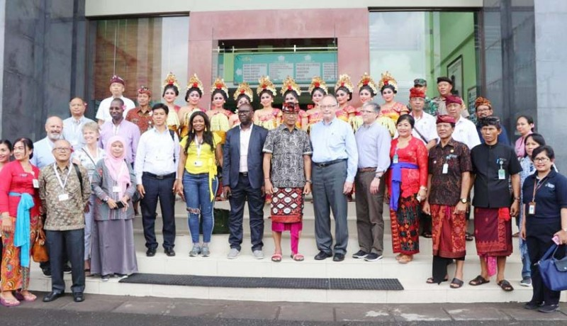 www.nusabali.com-delegasi-gsha-dan-kemenkes-kunjungi-puskesmas-abiansemal-i