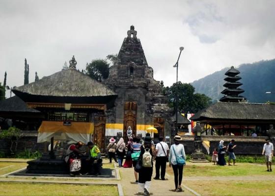 Nusabali.com - pengunjung-dtw-bedugul-masih-sepi
